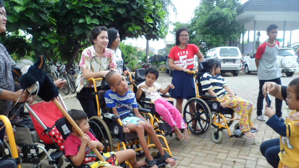 Proyek Pelayanan Yayasan Sayap Ibu