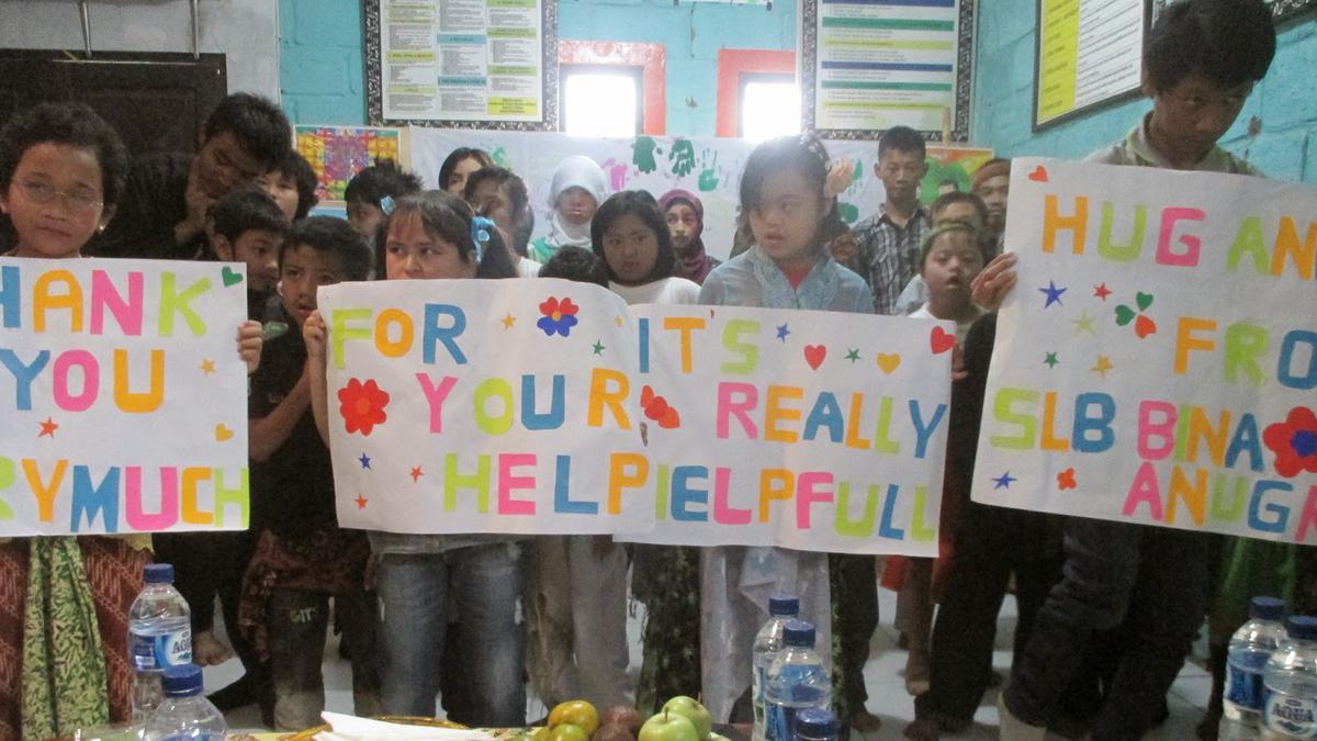 Sekolah Luar Biasa Bina Anugrah - Bandung