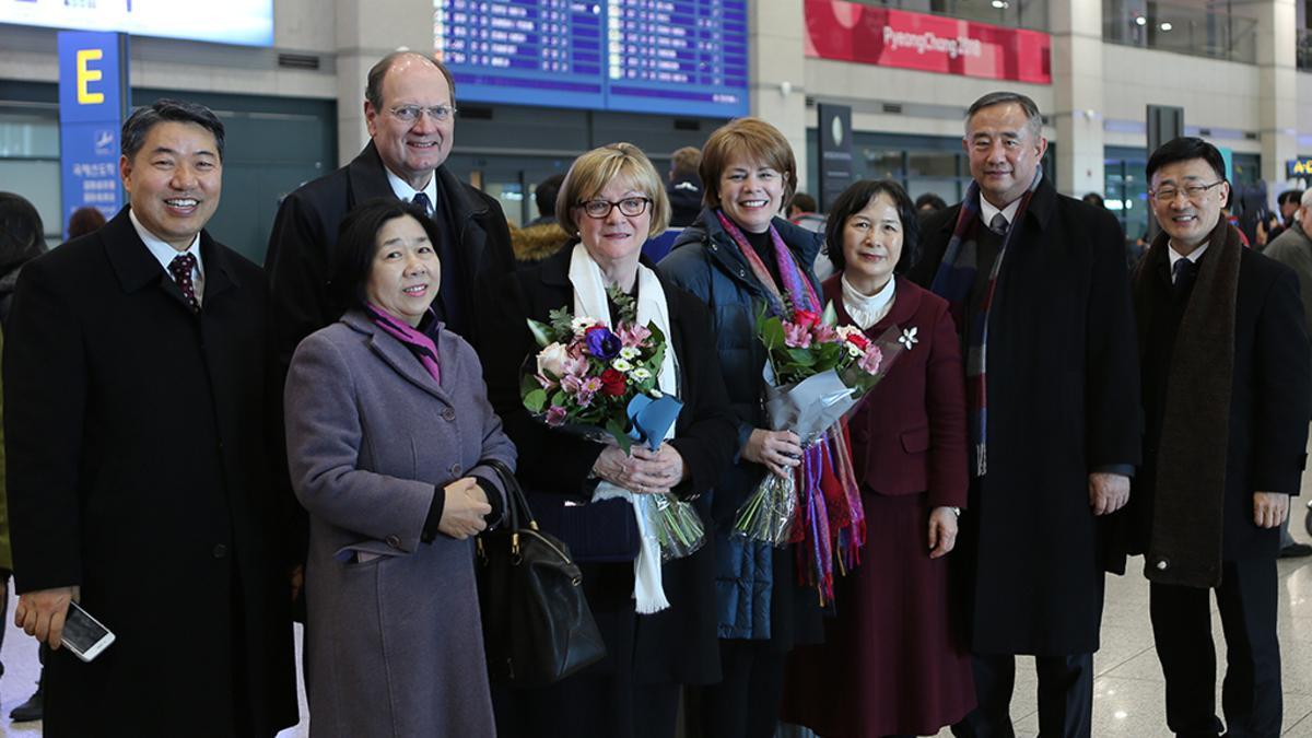 인천공항에 도착한 교회본부역원들의 모습