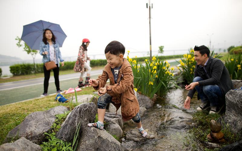 이상철 형제 가족 활동 사진