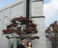홍창민 형제, 신윤지 자매의 성전 결혼모습