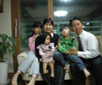 성경진 형제의 가족 사진