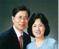 부부 선교사이신 권찬태 장로와 김정애 자매