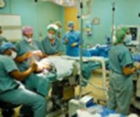 """병원선에 승선한 수 많은 의료 전문 자원봉사자들이 7개 국가에 """"위안""""을 주다"""