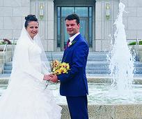 580-wedding kyiv temple.jpg
