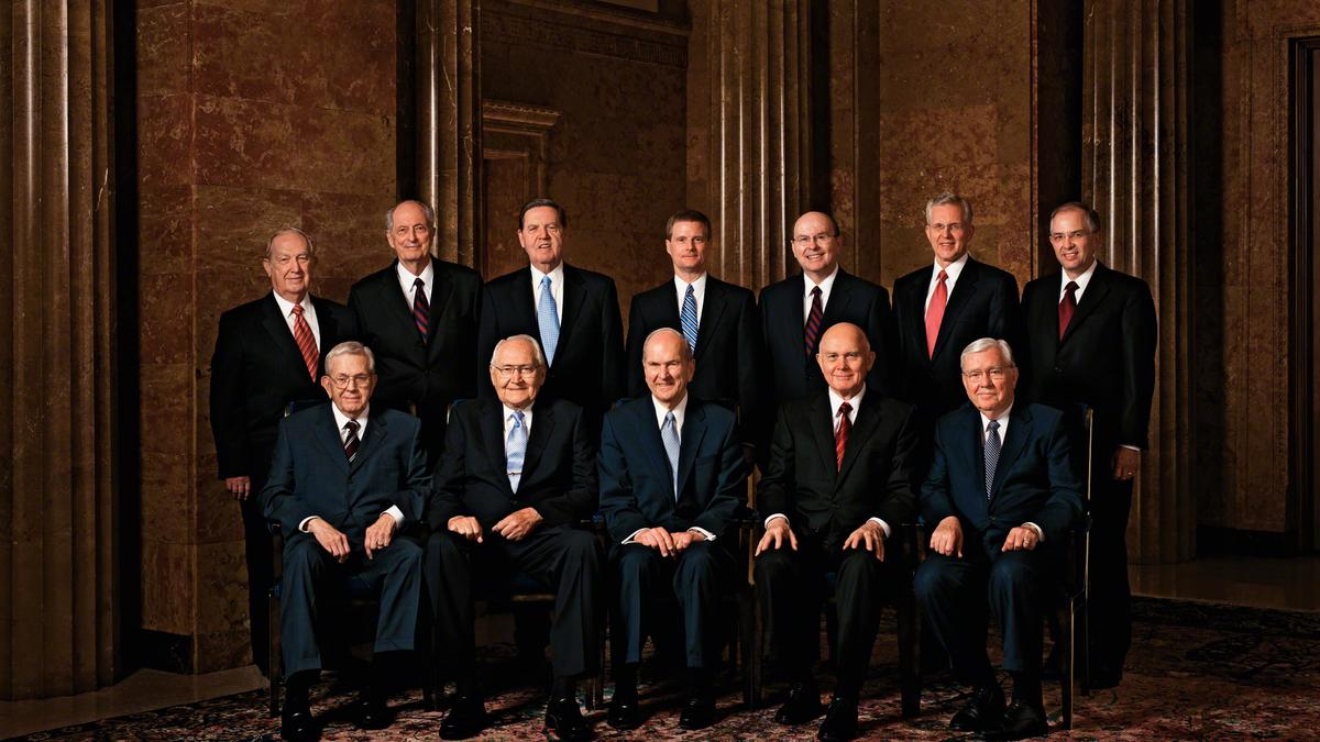 Divpadsmit apustuļu kvorums