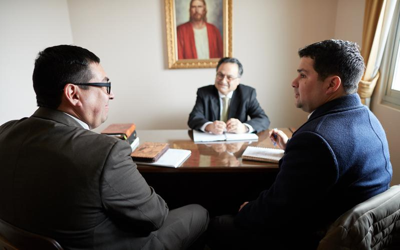 Obispado en reunión
