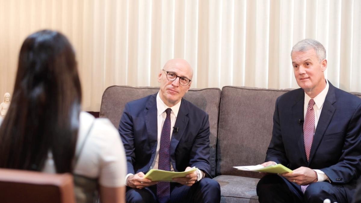 Conversaciones con la Presidencia de Área