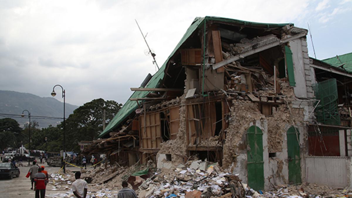 Zona damnificada por sismo