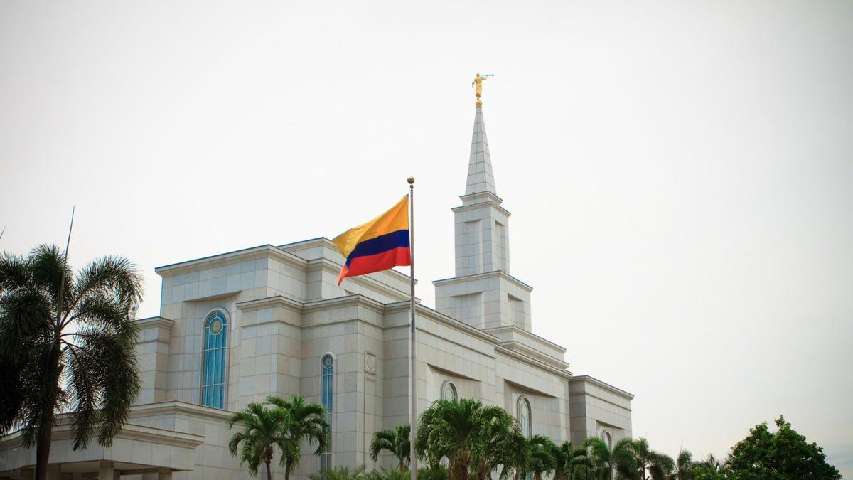 guayaquil-ecuador-temple
