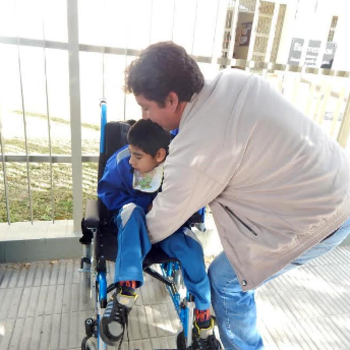 Donacion de sillas de ruedas en Cordoba02.png