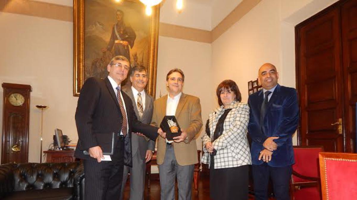 Representantes de la Iglesia son recibidos por el Vicegobernador de Córdoba
