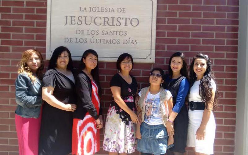 Mujeres Jovenes de Calama