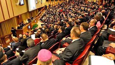synod-hall-faith-leaders-marriage_1448790_inl.jpg