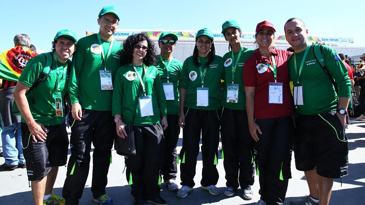 2014 브라질 피파월드컵에 참가한 몰몬 헬핑핸즈 자원봉사자들