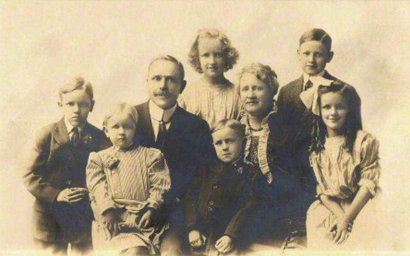 Joseph and Annie Merrill with their children, about 1912