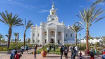 Programas de puertas abiertas y dedicaciones de templos