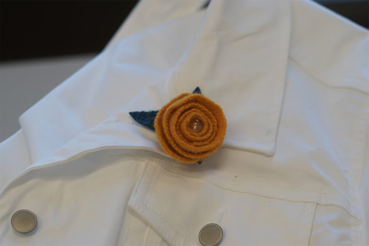 Felted wool flower clip