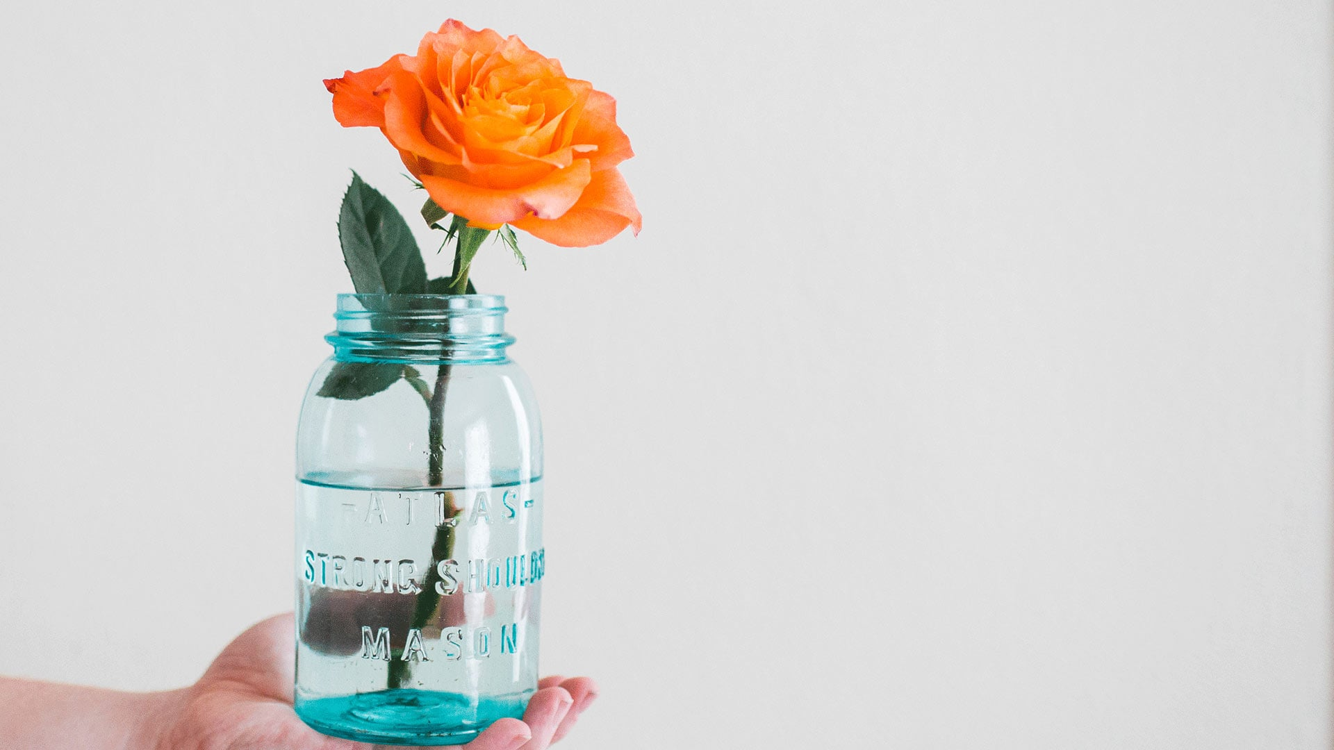 14 Uses for Thrifted Mason Jars